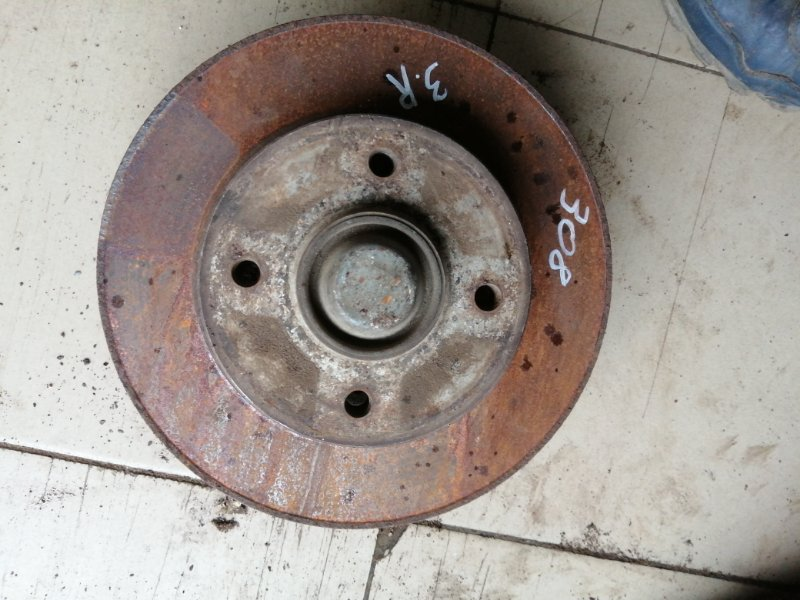 Кулак поворотный Peugeot 308 4A EP6 2010 задний (б/у)