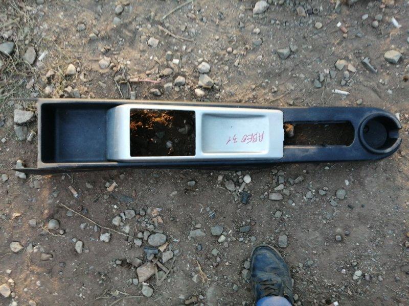Консоль между сидений Chevrolet Aveo T250 F14D4 2010 (б/у)