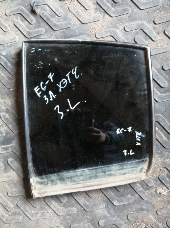 Форточка двери Geely Emgrand Ec7 RV 2012 задняя левая (б/у)
