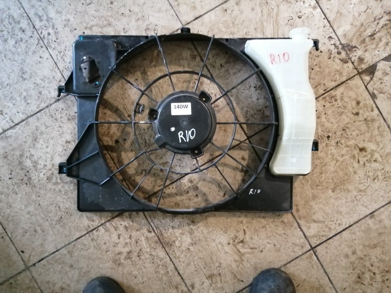Диффузор вентилятора Kia Rio 4 FB G4FG 2019 (б/у)