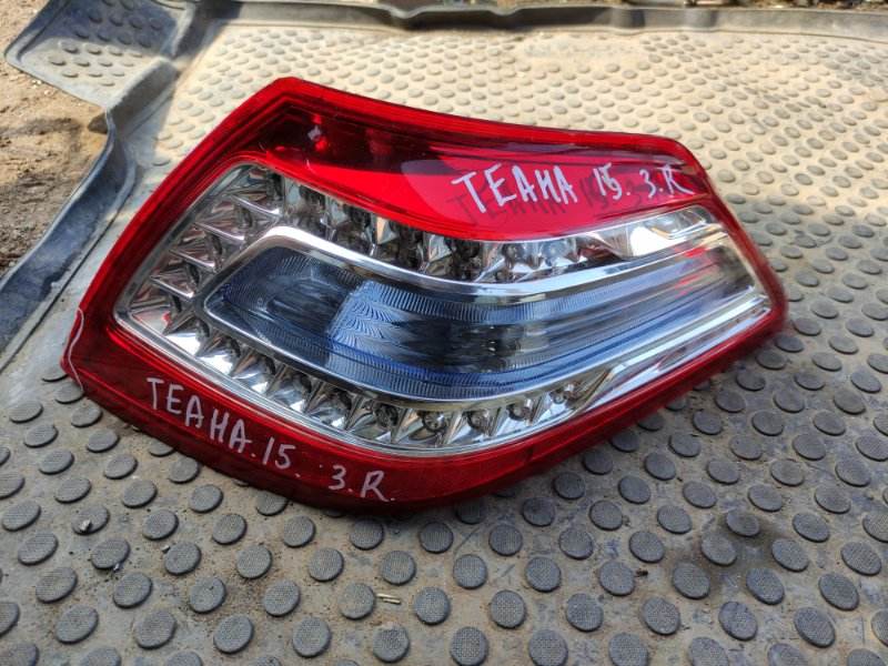 Фонарь Nissan Teana J32 VQ25DE 2012 задний правый (б/у)