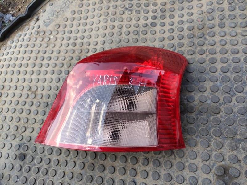 Фонарь Toyota Yaris SCP90 2SZFE 2007 задний правый (б/у)
