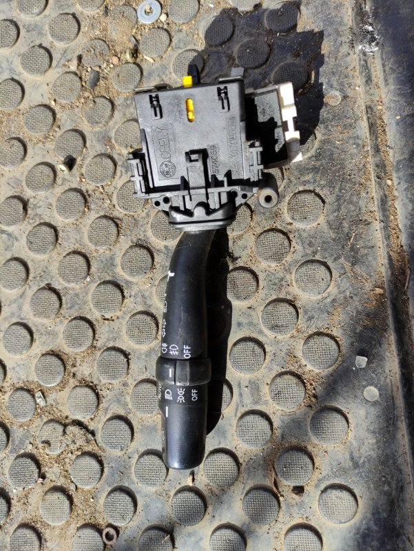 Переключатель поворотов Geely Emgrand X7 X7 JLD4G20 2014 (б/у)