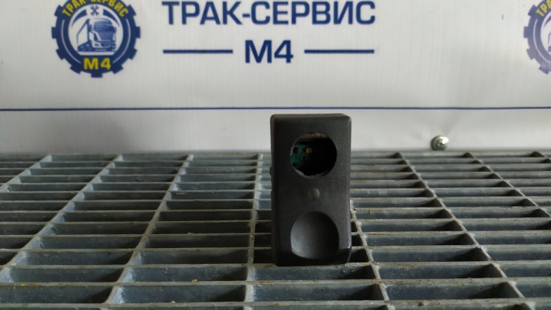 Кнопка выключатель фар Renault Magnum (б/у)