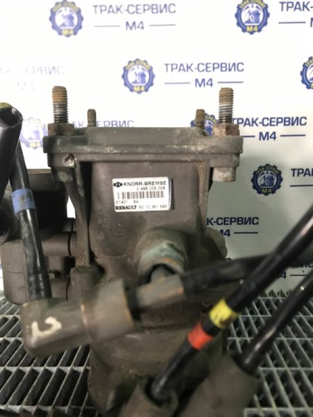Кран управления тормозами прицепа Renault Magnum E-Tech 440 MACK 2004 (б/у)