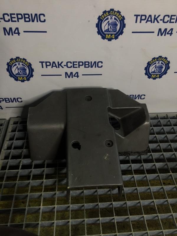 Кожух рулевой колонки верхний Renault Magnum E-Tech 440 MACK 2004 (б/у)