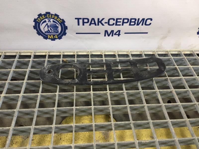 Накладка Renault Magnum Dxi 480 D12 480 VOLVO левая (б/у)
