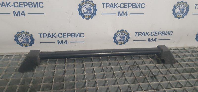 Поручень кабины Renault Magnum E-Tech 440 MACK 2004 передний (б/у)