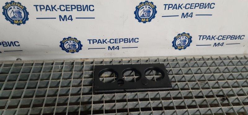 Накладка декоративная Renault Magnum Dxi 480 D12 480 VOLVO (б/у)