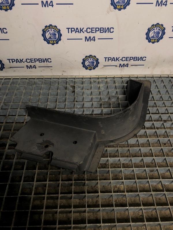 Накладка под кабину Renault Magnum (б/у)