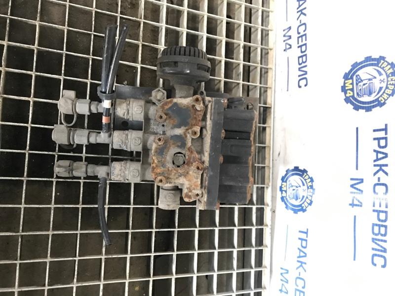 Блок управления пневмоподвеской Renault Magnum (б/у)