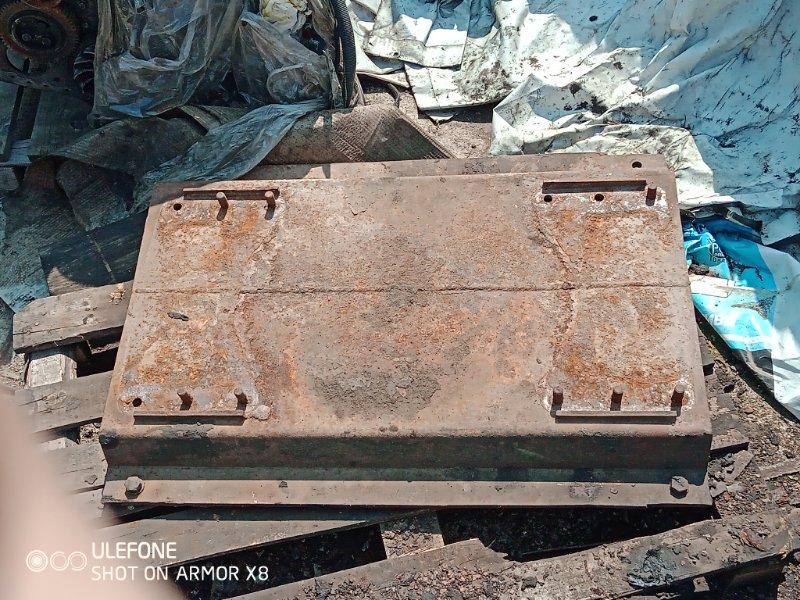 Плита из под седла Renault Magnum (б/у)