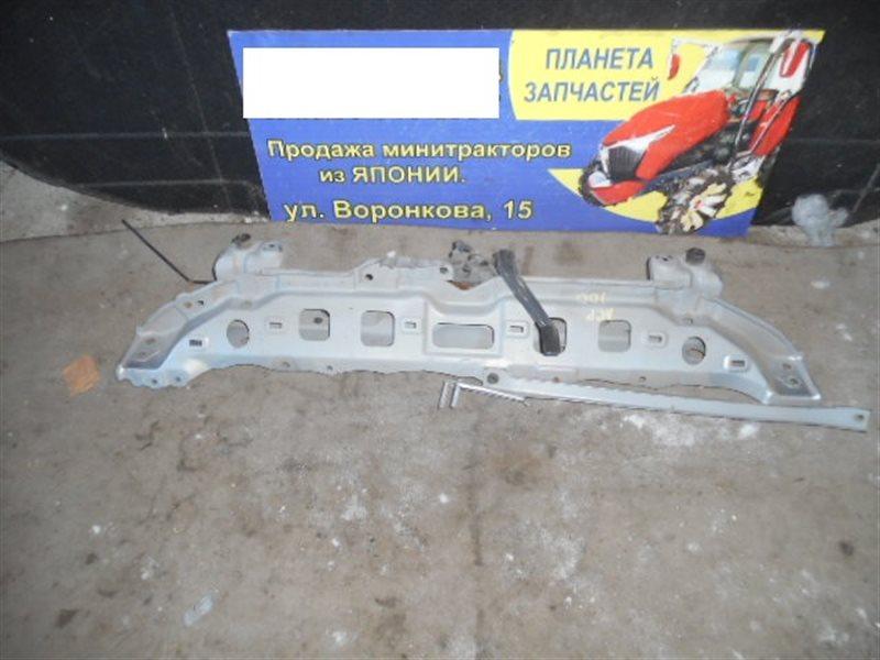 Планка телевизора Toyota Ractis NCP100 верхняя (б/у)