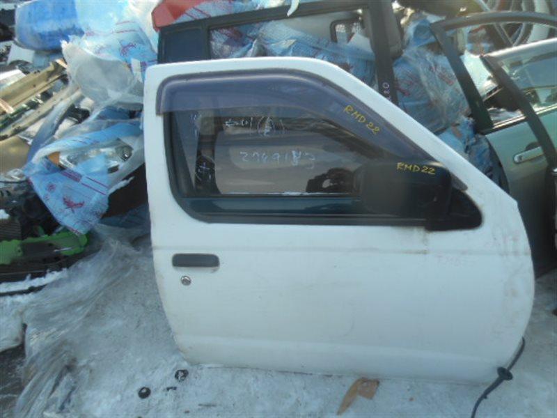 Дверь Nissan Datsun RMD22 передняя правая (б/у)