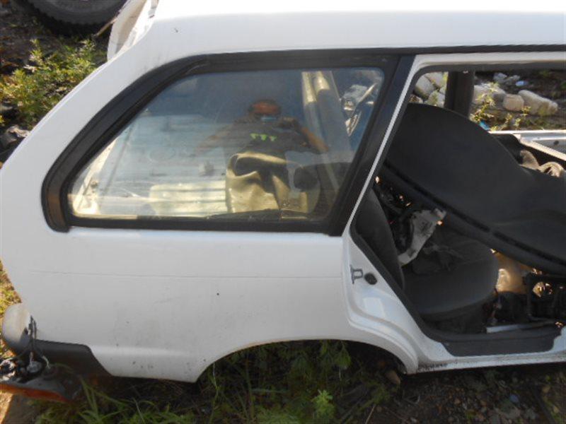 Стекло собачника Toyota Corolla AE100 5AFE заднее правое (б/у)