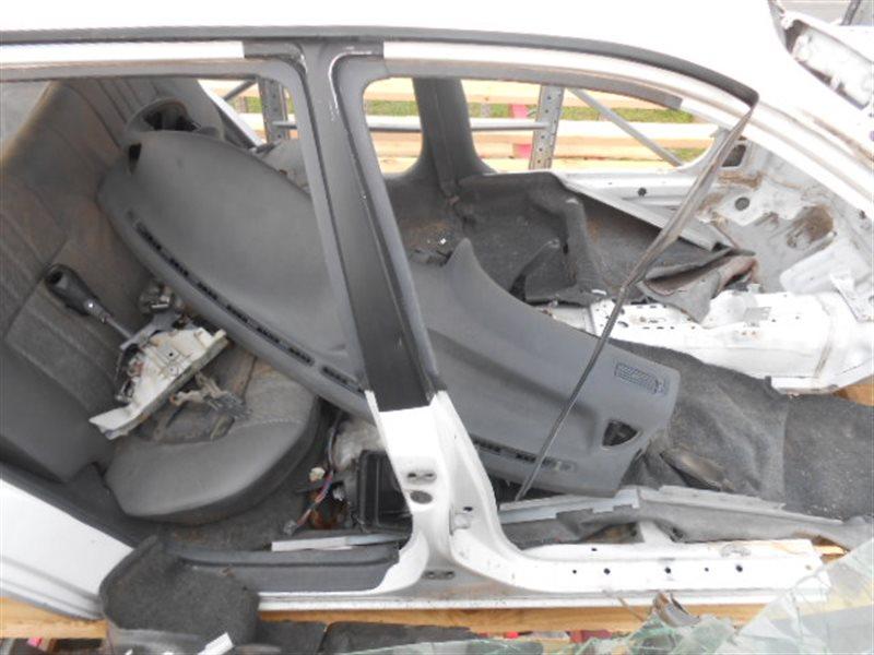 Стойка кузова средняя Toyota Corolla AE100 5AFE правая (б/у)