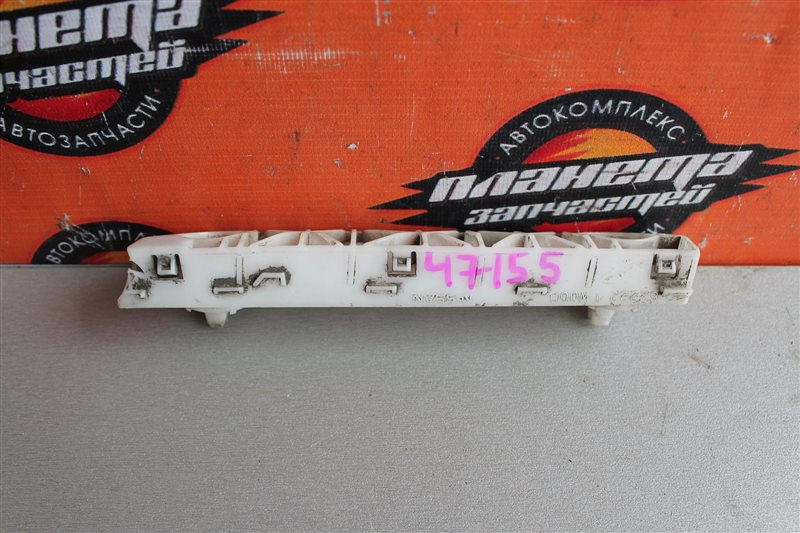 Крепление бампера Nissan Bluebird Sylphy KG11 переднее правое (б/у)