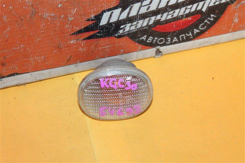 Повторитель в крыло Toyota Passo KGC30 (б/у)