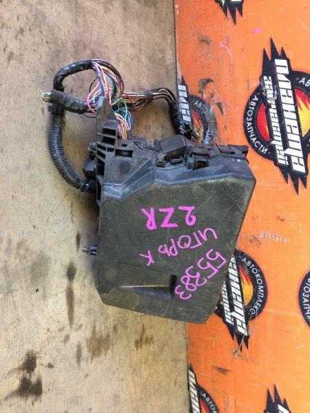 Блок предохранителей Toyota Allion ZRT260 2ZR (б/у)