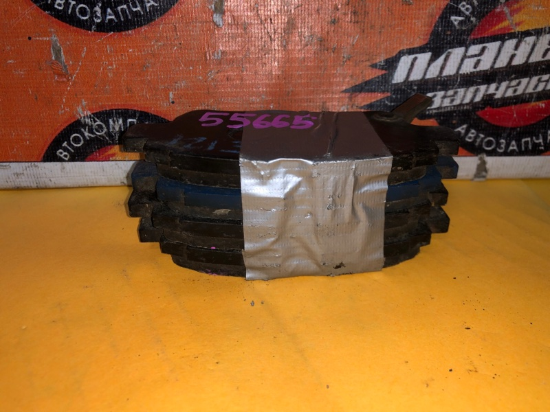 Тормозные колодки Toyota Bb NCP30 переднее (б/у)