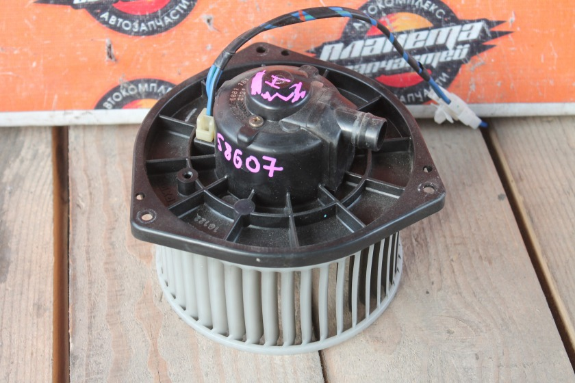 Мотор печки Nissan Primera HP11 (б/у)