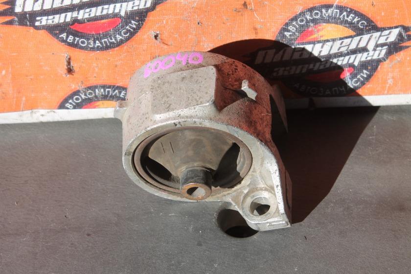 Подушка двигателя Honda Hr-V GH2 D16A правая (б/у)