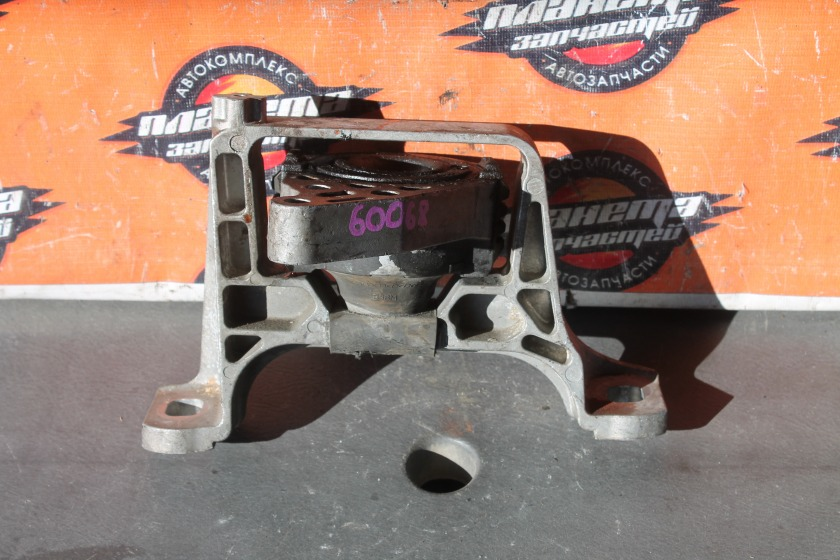 Подушка двигателя Mazda Axela BLEFW LF правая (б/у)