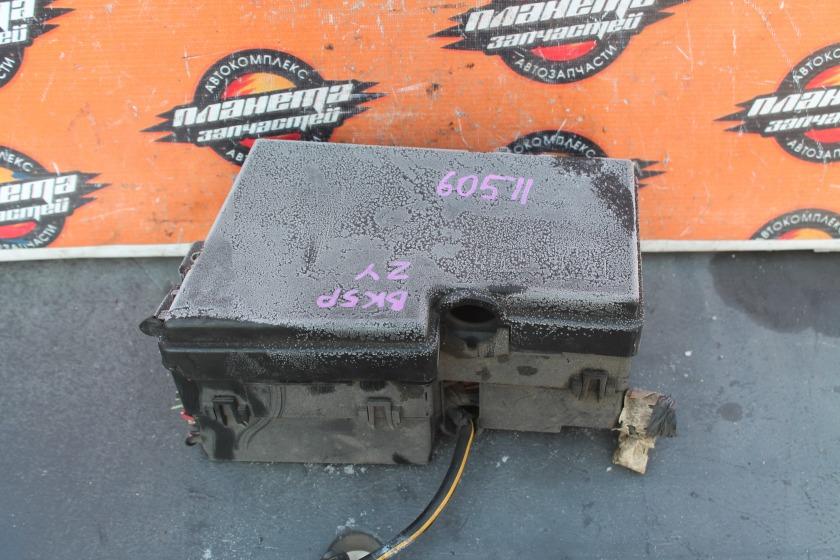 Блок предохранителей Mazda Axela BK5P ZY (б/у)