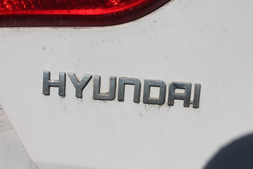Эмблема Hyundai I30 GD G4FG 2012 (б/у)