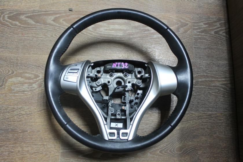 Руль Nissan X-Trail T32 (б/у)