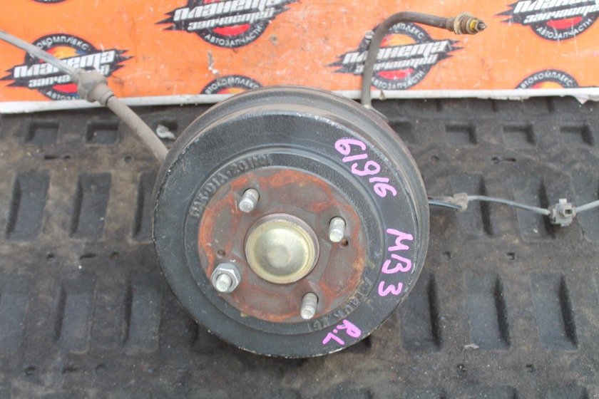 Ступица Honda Domani MB3 D15B задняя левая (б/у)