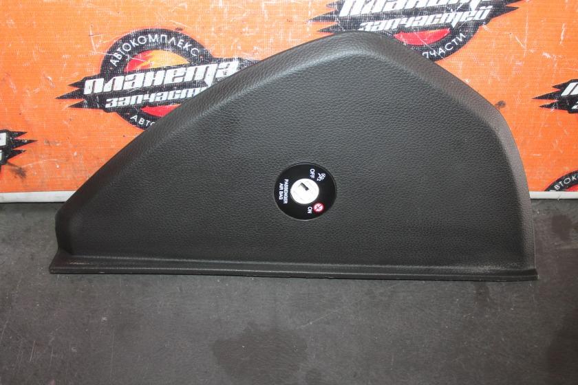 Накладка на торпедо боковая Hyundai I30 GD G4FG 2012 правая (б/у)