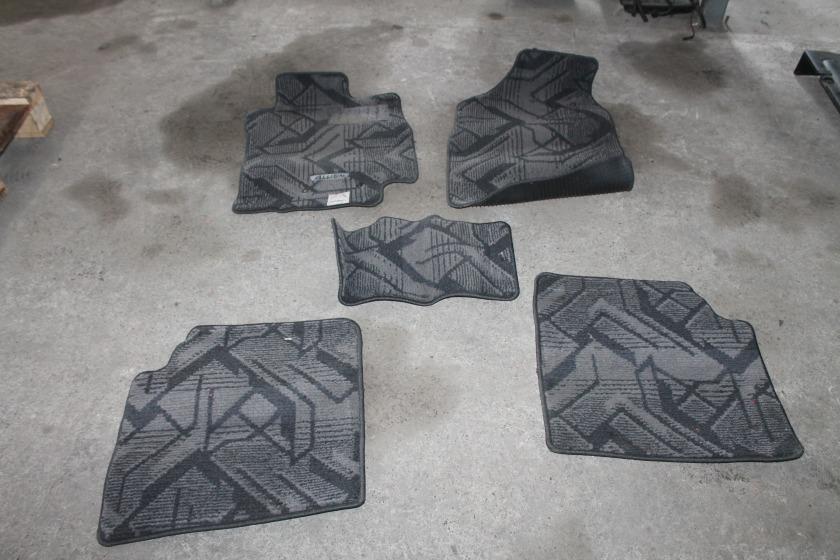 Коврики комплект Toyota Allion ZZT240 1ZZ (б/у)