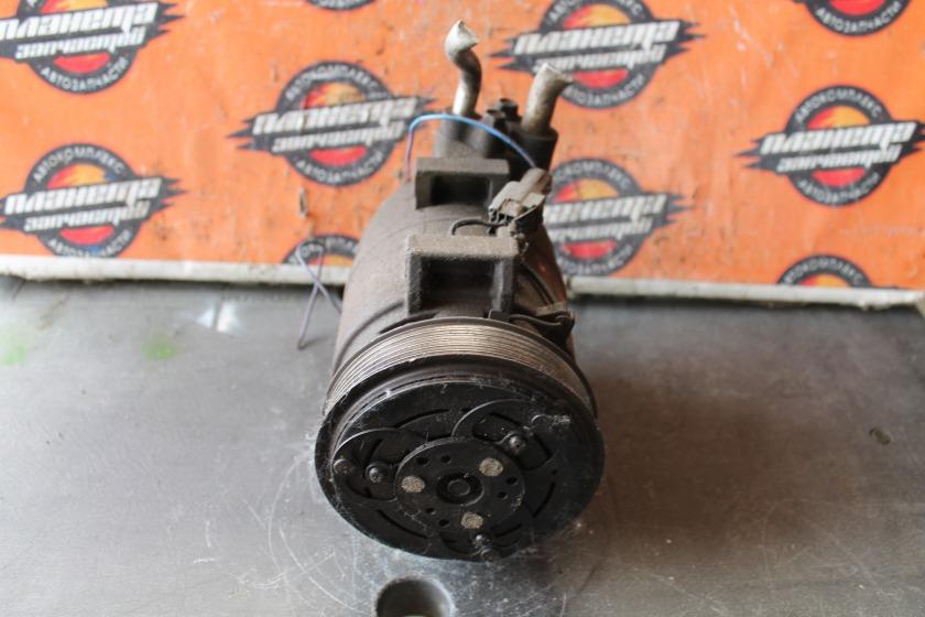 Компрессор кондиционера Nissan Vanette SK82 RF-T (б/у)