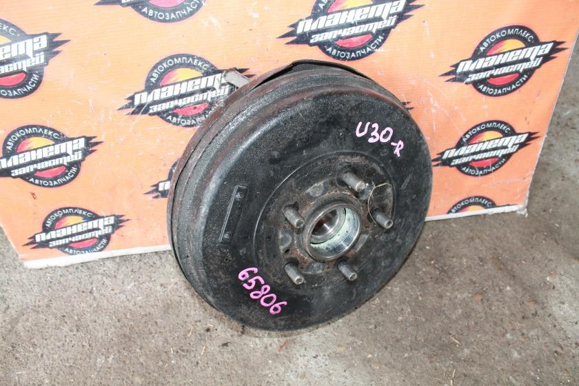 Ступица Nissan Presage U30 KA24 задняя правая (б/у)