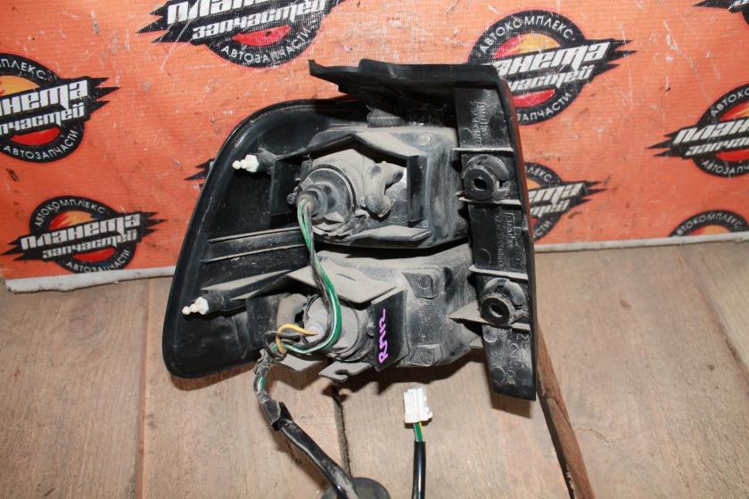 Стоп-сигнал Nissan Liberty PM12 задний правый (б/у)