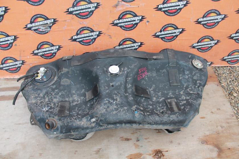 Бак топливный Toyota Progres JCG10 1JZ (б/у)