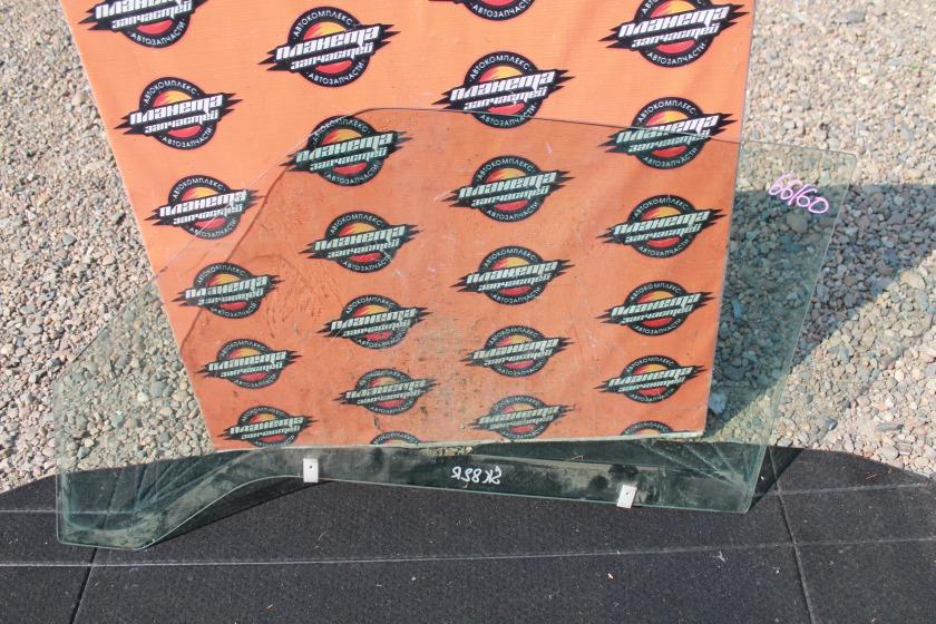 Стекло двери Mazda Bongo SK82 переднее правое (б/у)