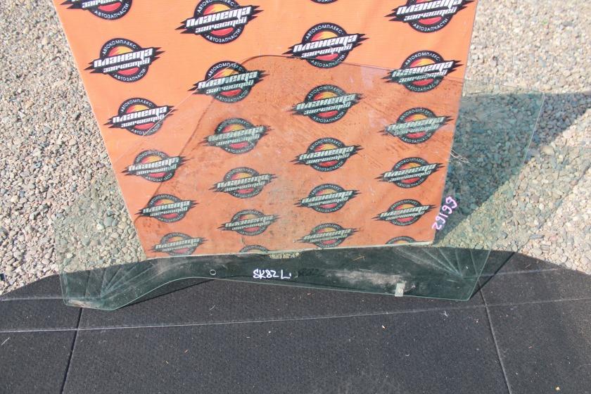 Стекло двери Mazda Bongo SK82 переднее левое (б/у)
