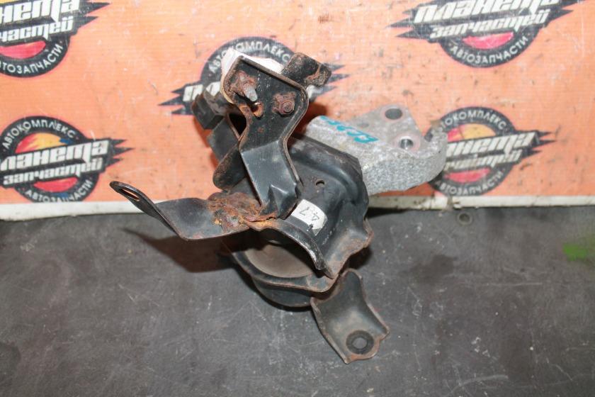 Подушка двигателя Toyota Corolla Axio NZE144 1NZ правая (б/у)