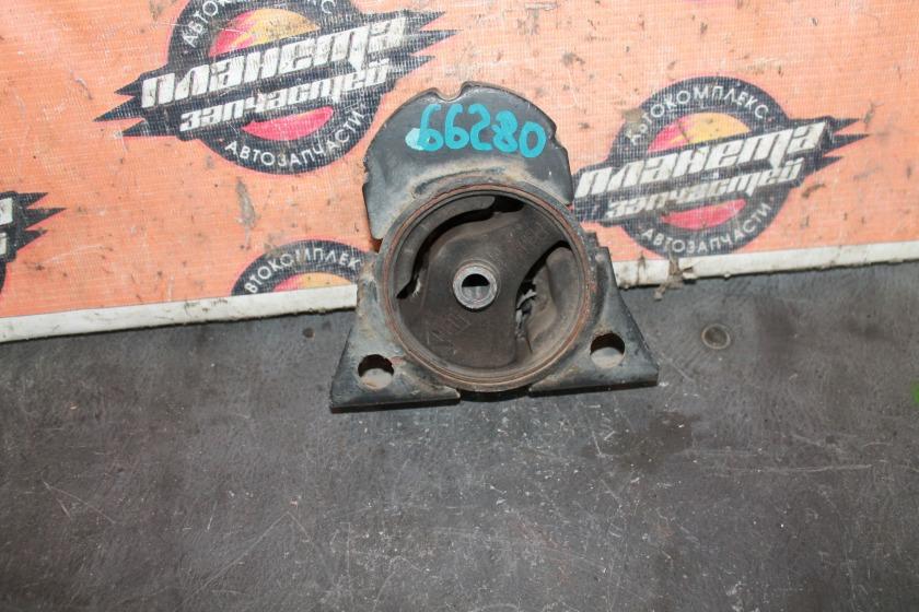 Подушка двигателя Nissan Bassara U30 KA24 передняя (б/у)