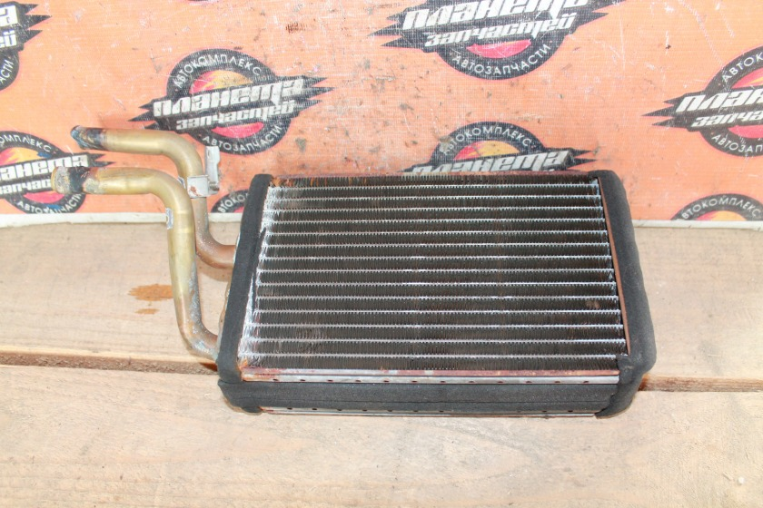 Радиатор печки Toyota Hiace KZH106 1KZ (б/у)