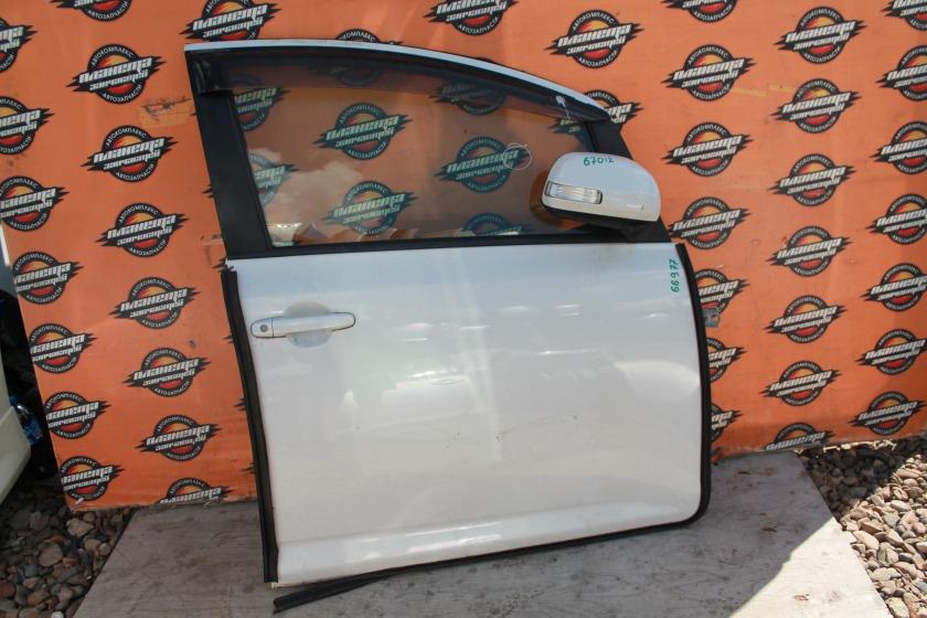 Дверь Toyota Ractis NCP105 передняя правая (б/у)