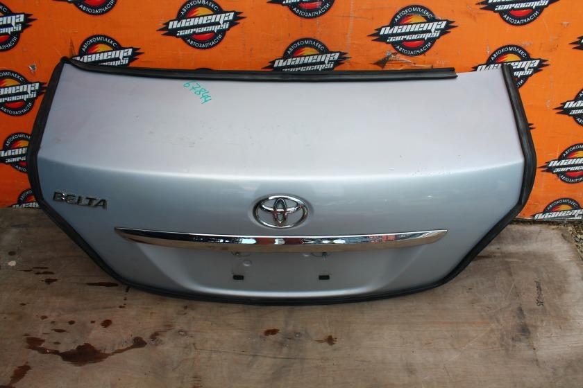 Крышка багажника Toyota Belta SCP92 задняя (б/у)