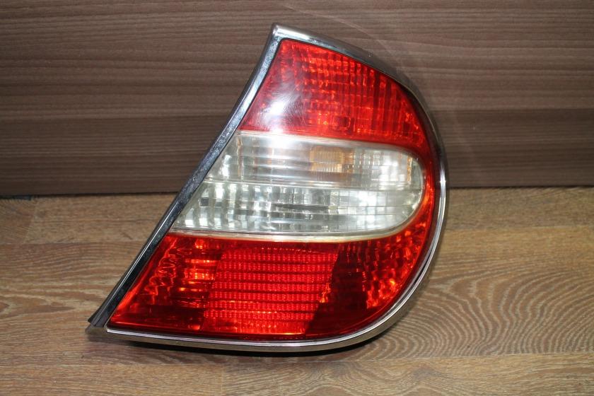 Стоп-сигнал Toyota Camry ACV30 задний правый (б/у)