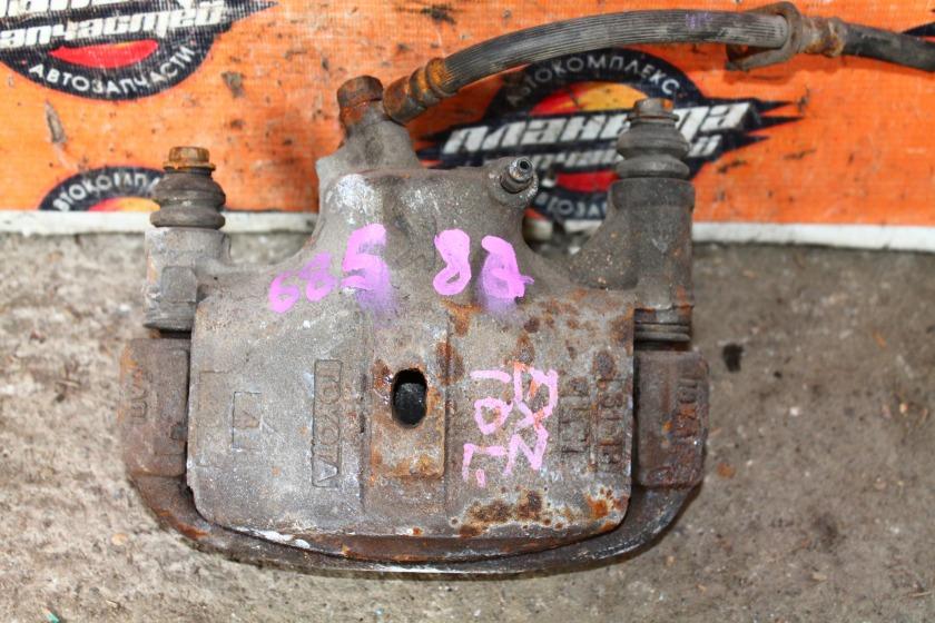 Суппорт Toyota Raum EXZ10 5E передний левый (б/у)