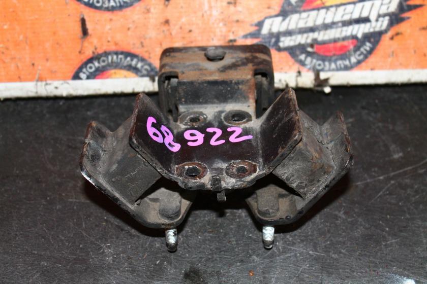 Подушка кпп Toyota Chaser JZX100 1JZ (б/у)