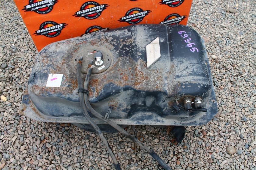Бак топливный Mazda Bongo SK82 F8 (б/у)