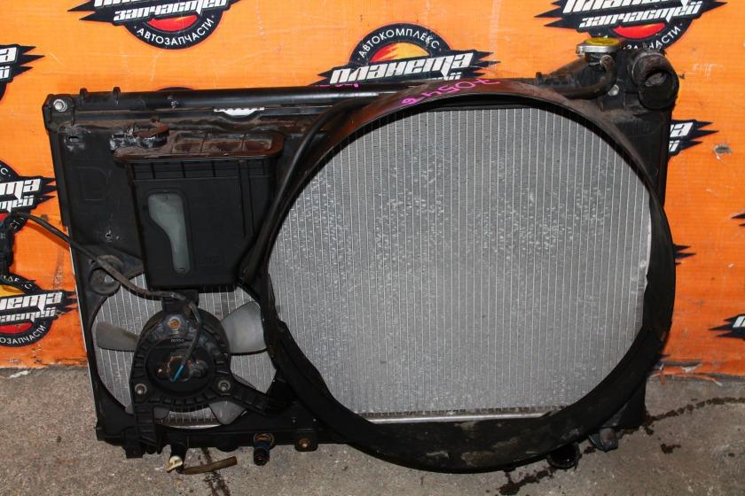 Радиатор основной Toyota Crown JZS171 1JZ (б/у)