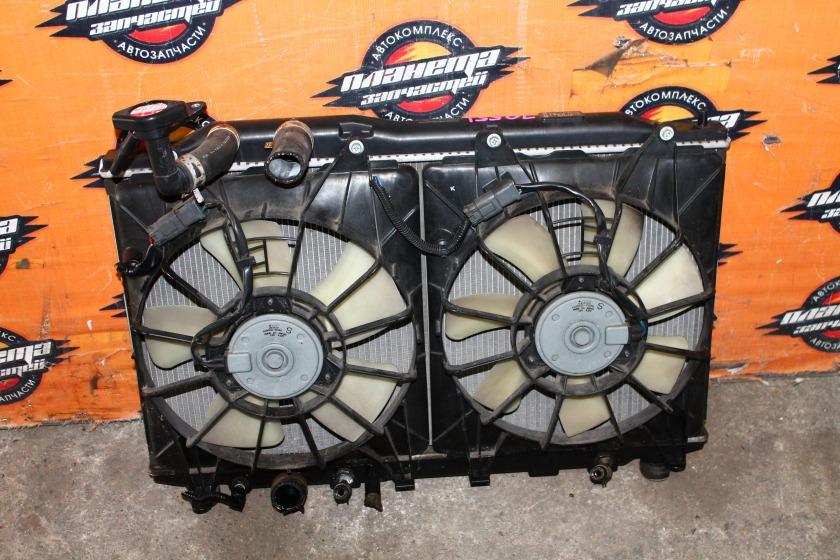 Радиатор основной Honda Civic FD3 LDA (б/у)